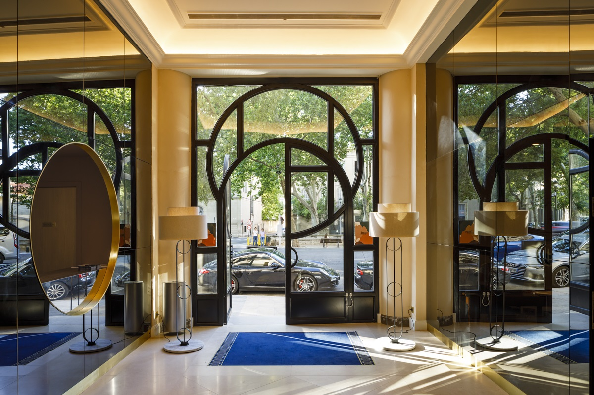 91/Nimes Imperator/HomePage/maison_albar_hotels_l_imperator_entree_entrance.jpg