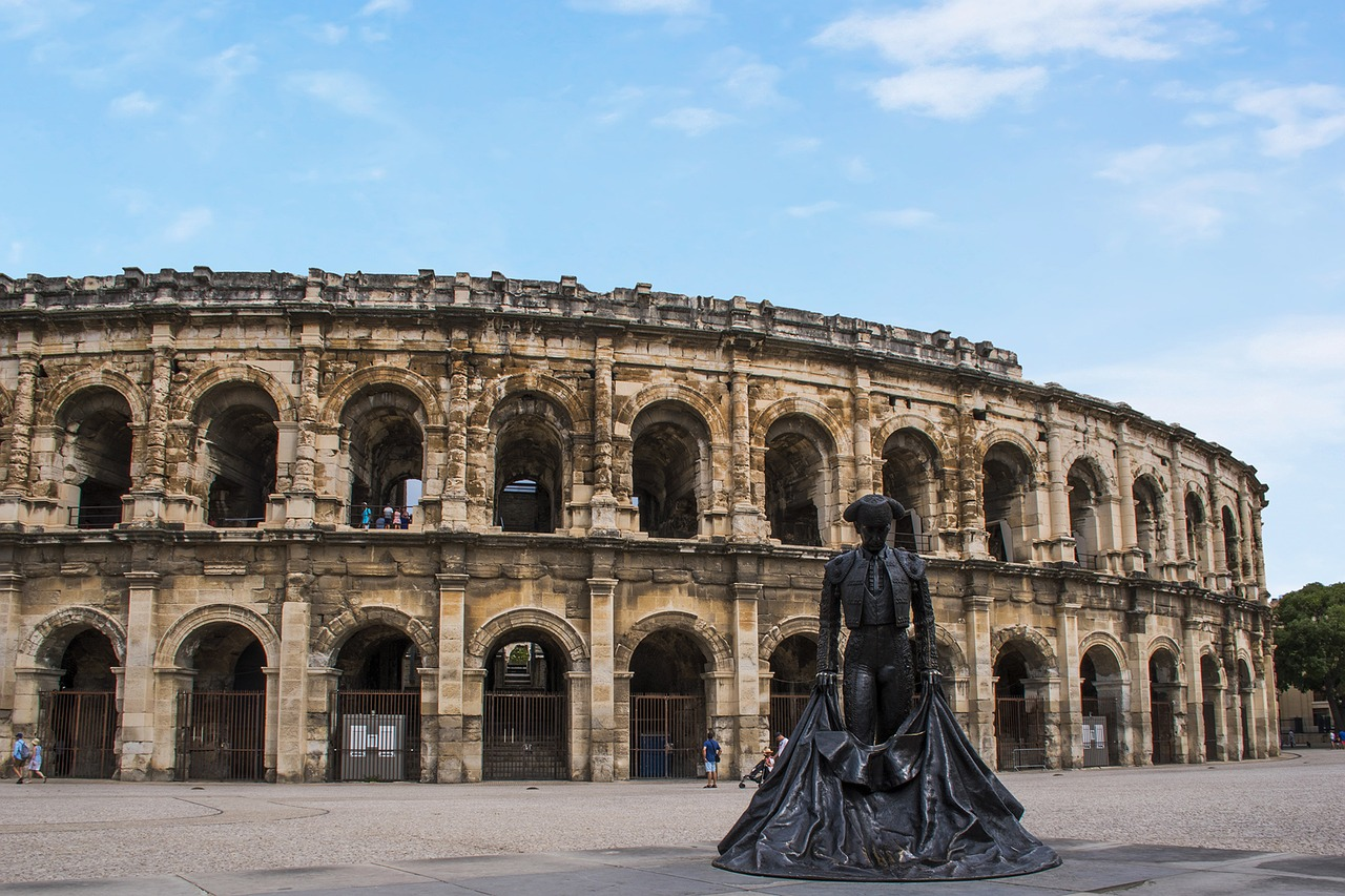 91/Nimes Imperator/PageOffres/the-arena-of-nimes-2968780_1280.jpg
