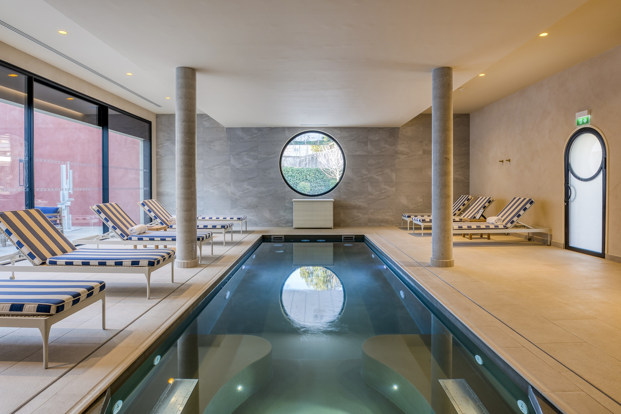 91/Nimes Imperator/PageSpa/maison_albar_hotels_l_imperator_codage_spa_piscine_swimming_pool.jpg
